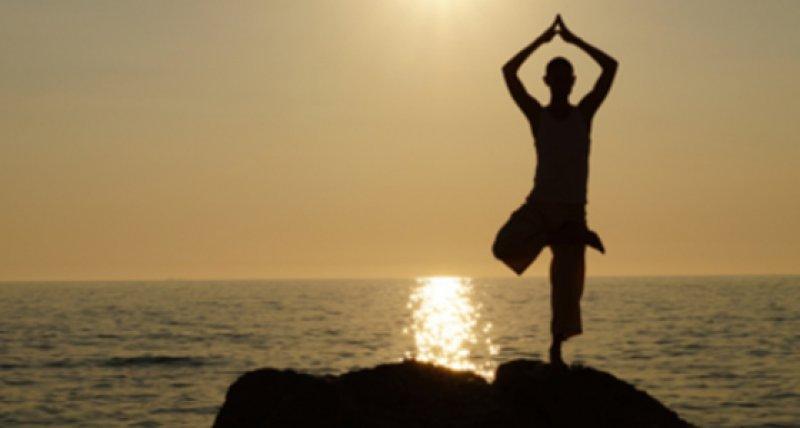 Unspezifische Rückenschmerzen: Yoga und Rückenübungen..