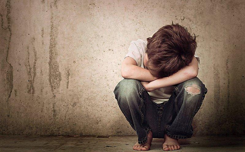 Das Entschädigungsverfahren für die Opfer von Kindesmissbrauch ist nach Ansicht der zuständigen Kommission weiterhin verbesserungsbedürftig. Foto: Fotolia/soupstock