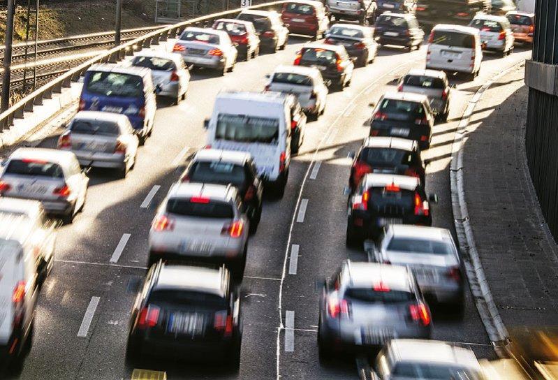 Eine Verkürzung der Distanz zwischen Wohn- und Arbeitsort kann das Risiko für eine psychische Erkrankung reduzieren. Foto: sp4764/stock.adobe.com