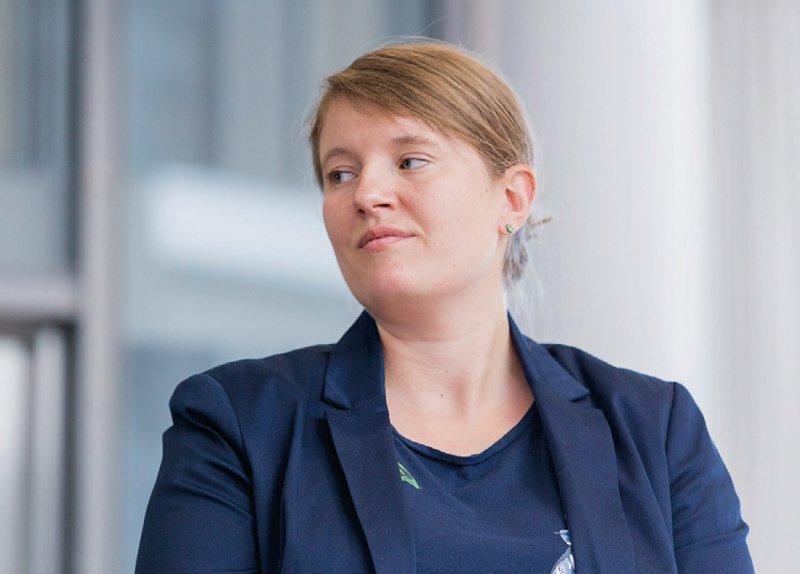 """""""Wir sind sind nicht die Generation ,Spaß'. Wir engagieren uns – für die Patienten und unser Team."""" Katharina Thiede, Ärztin in Weiterbildung Allgemeinmedizin"""