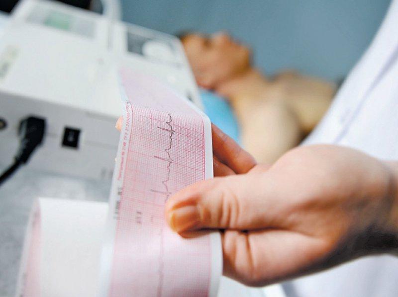 Patienten, die bislang im Modul Herzinsuffizienz des DMP KHK eingeschrieben waren, können weiterhin dort verbleiben. Foto: Evgeniy Kalinovskiy/stock.adobe.com