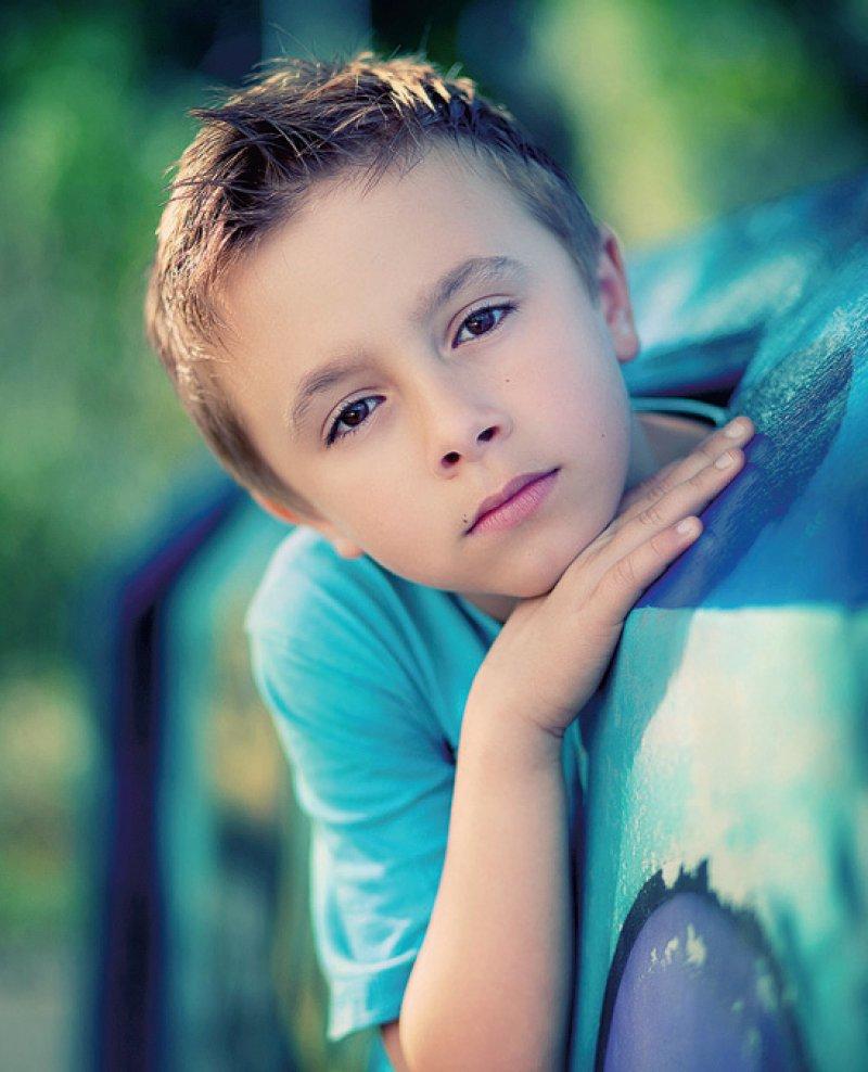 Bei zehn Prozent der Kinder, die an Krebs erkrankt sind, ist eine genetische Prädisposition die Ursache. Foto: lu-photo stock.adobe.com