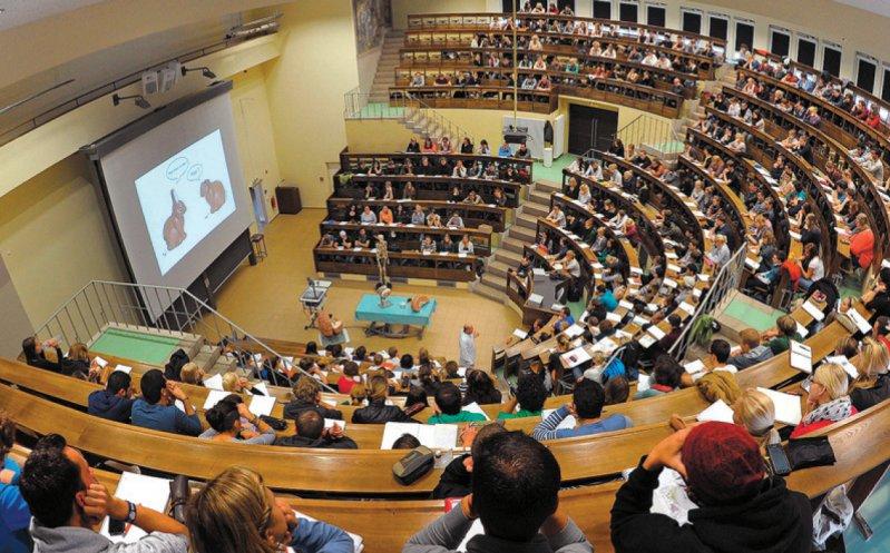 Für die Finanzierung des Medizinstudiums soll die Reformkommission bis Oktober 2018 Vorschläge erarbeiten. Foto: dpa