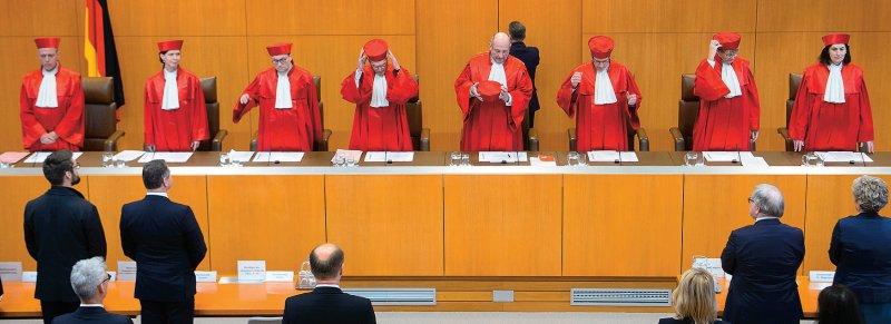 Der Erste Senat des Bundesverfassungsgerichts verlangt mit seinem Urteil vom Dezember 2017 eine Neuregelung der Vergabe von Medizinstudienplätzen bis Ende Dezember 2019. Foto: dpa