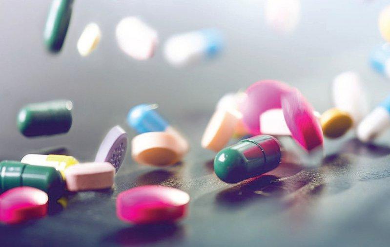 """Die Arzneimittelausgaben sind 2017 laut IQIVIA """"moderat"""" angestiegen. Foto: tibor13/iStockphoto"""