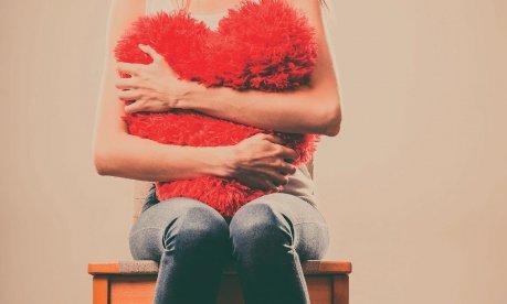 Warum Liebeskummer so weh tut