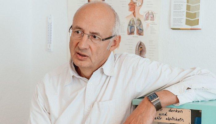 Erwartungen des Arztes beeinflussen Schmerzempfinden von Patienten