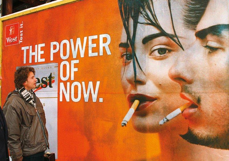 Tabakwerbung auf Plakaten ist in Deutschland immer noch erlaubt. Foto: dpa
