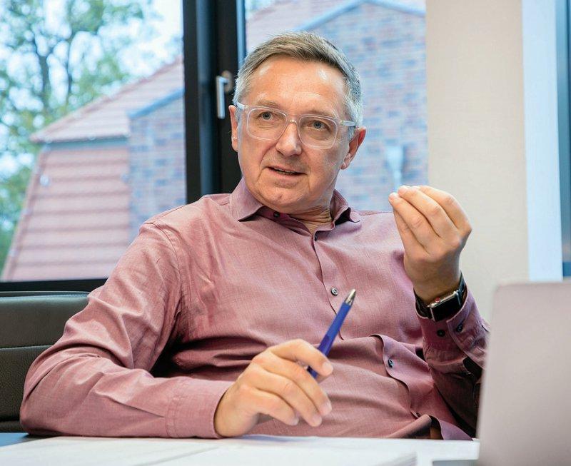 Erwin Böttinger, der Leiter des neuen Digital Health Centers am HPI will digitale Technologien mit dem Gesundheitssektor und der Gesellschaft zusammenbringen.