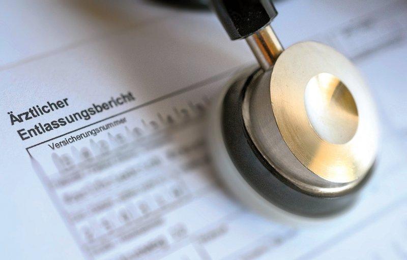Ärztliche Entlassbriefe dürfen nach Ansicht der Forscher keinen Spielraum für Interpretationen geben. Foto: dpa
