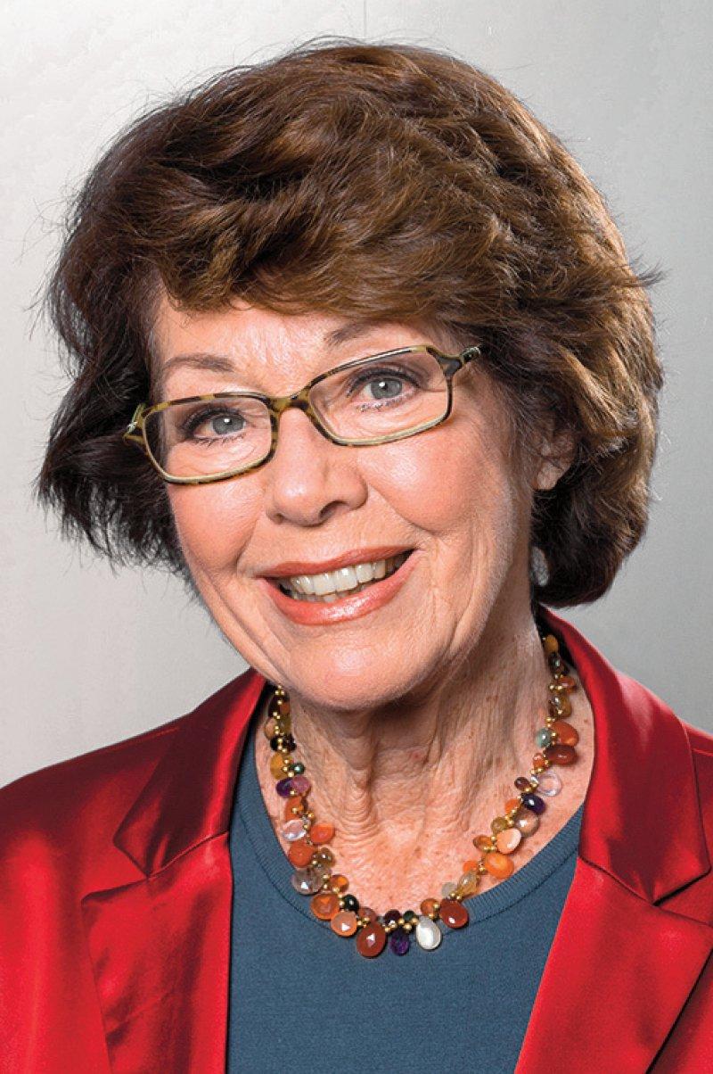Marianne Koch hat sich nicht nur als niedergelassene Internisten ihren Patienten gewidmet, sondern auch als Medizinjournalistin seit über drei Jahrzehnten Gesundheitsthemen einem Millionenpublikum vermittelt. Dabei tritt sie für eine vertrauensvolle Patient- Arzt-Beziehung und für die Stärkung der sprechenden Medizin ein. Foto: dpa