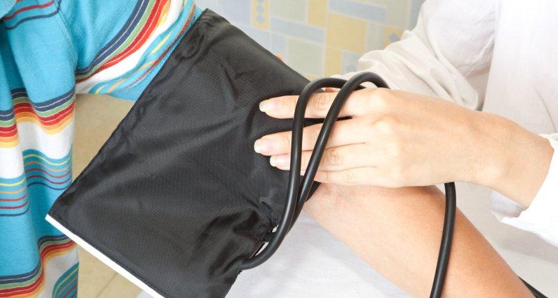 Blutdruckmanschette könnte vor einem Schlaganfall schützen