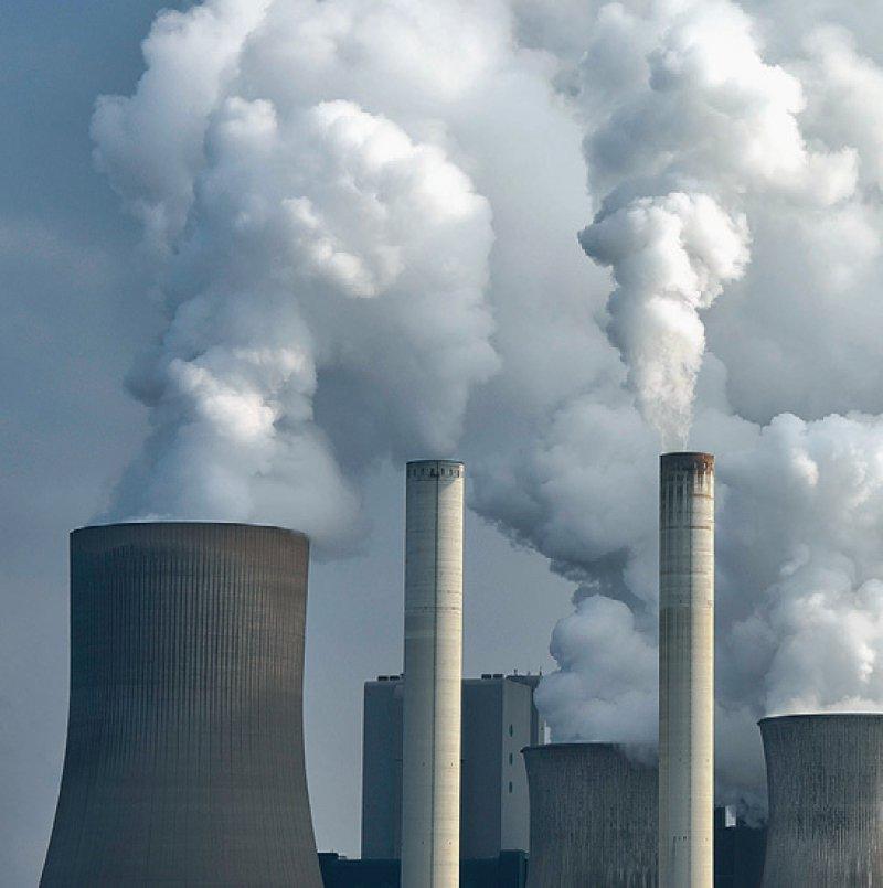 PM2,5 gehören zu den kleinsten Feinstaub-Partikeln in der Atemluft. Sie können in alle Organe des Körpers gelangen und sie auf diese Weise schädigen. Foto: picture alliance/Westend61