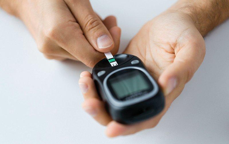 Informationen zur Glukosemessung, Anleitungen zur Durchführung sowie Hinweise zu möglichen Messfehlern sind in dem neuen Leitfaden beschrieben. Foto: Syda Productions/stock.adobe.com