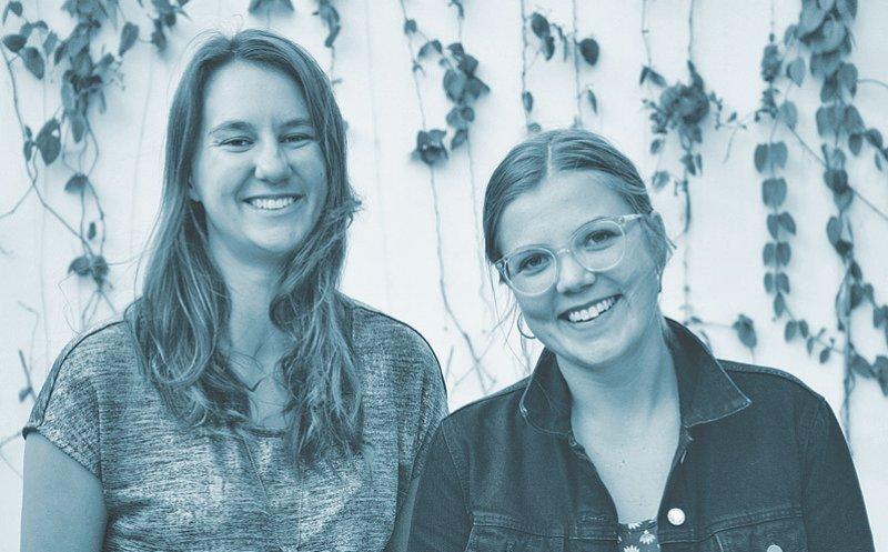 """Die Medizinstudentinnen Madeleine Sittner (Leipzig) und Pia Schüler (Köln) haben sich während eines Auslandssemesters in Mexiko kennengelernt und es sich zum Ziel gesetzt, über die Grenzen des Medizinstudiums hinauszublicken. Mit ihrem Podcast """"HeileWelt"""" gehen sie Fragen der Medizin, Politik und Ethik nach. Foto: privat"""