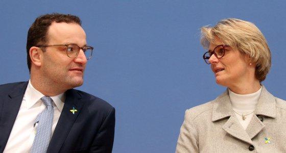"""Spahn und Karliczek verkünden den Start der """"Nationalen Dekade gegen Krebs"""" in Berlin. /dpa"""