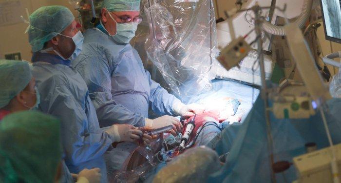 TAVI: Rivaroxaban vermeidet Thromben auf neuer Herzklappe, erhöht aber Sterberisiko