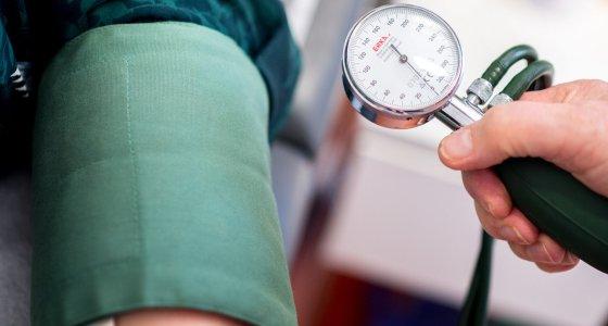 Blutdruck messen /dpa