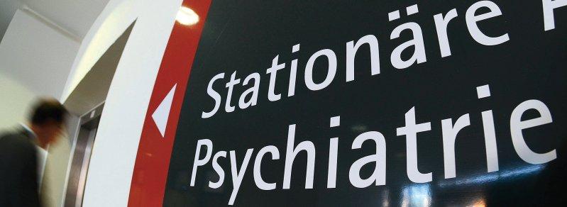 Der Personalmangel in der Psychiatrie und vor allem in der Kinder- und Jugendpsychiatrie ist seit Jahren eklatant. Foto: picture alliance/Armin Weigel