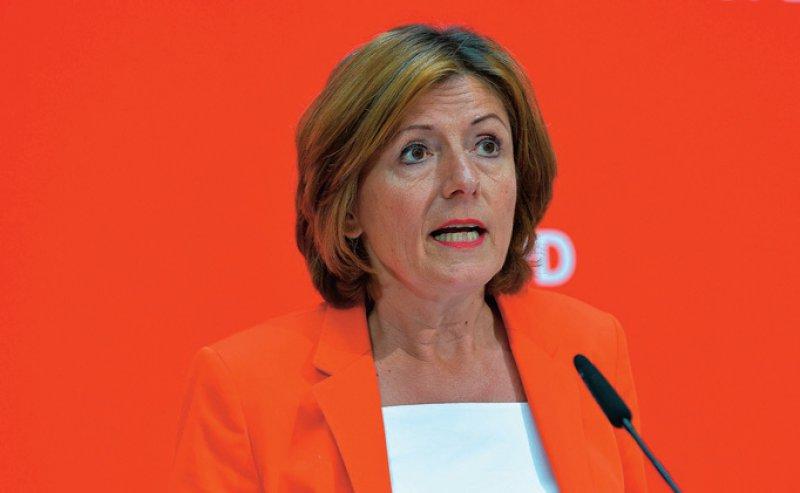 SPD-Interimschefin Malu Dreyer kündigte die Pflegevollversicherung als Ziel der SPD an. Foto: dpa