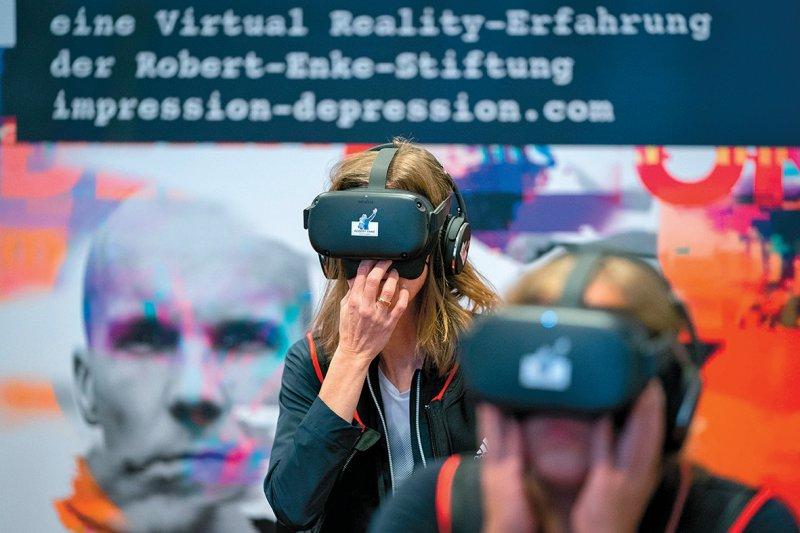 Nicht-Betroffene erhalten Einblick in die Gefühlswelt von Menschen mit Depressionen. Foto: picture alliance/Kay Nietfeld/dpa