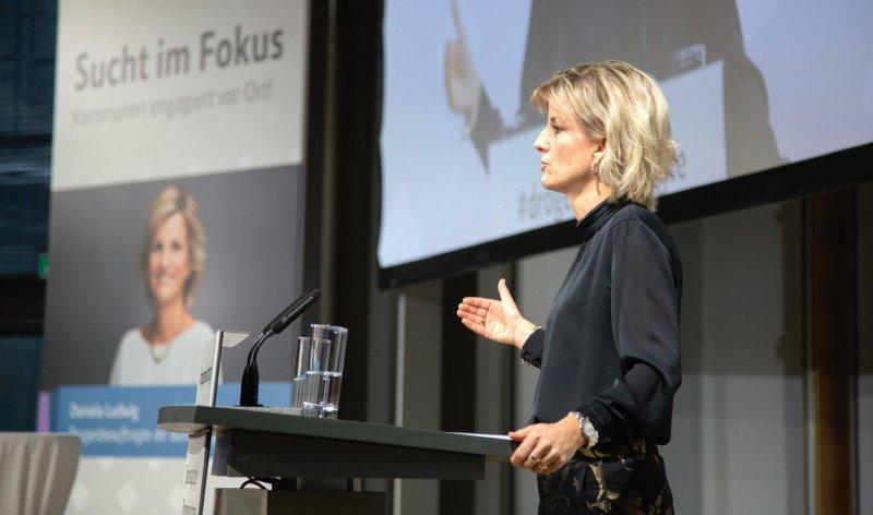 """""""Es geht immer darum, Menschen aus der Sucht zu helfen und sie gesünder zu machen"""", sagte Daniela Ludwig, Bundesdrogenbeauftragte. Foto: Drogenbeauftragte/Kuntzagk"""