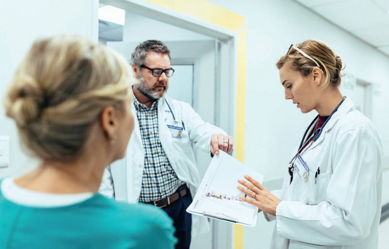Der Tarifvertrag (TV-Ärzte) gilt für rund 20 000 Ärzte in bundesweit 23 Universitätskliniken. An einigen Unikliniken gilt der TVÄrzte nicht. Foto: jacoblund/iStock