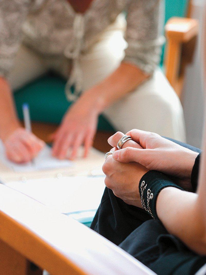Die stationsäquivalente psychiatrische Behandlung im häuslichen Umfeld soll die Versorgung verbessern. Foto: picture alliance/Phanie
