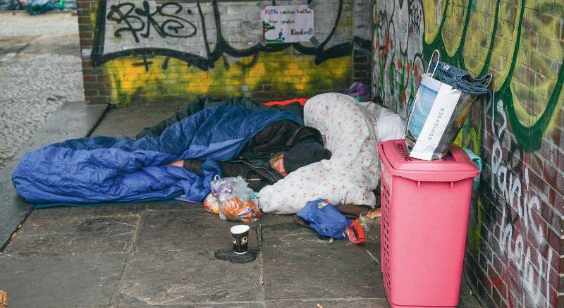 Geschätzte 41 000 Menschen leben bundesweit auf der Straße. Allein in Berlin sind es 6 000 bis 10 000. Foto: picture alliance/Rolf Kremming