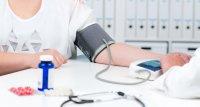 COVID-19: Behandlung der Hypertonie könnte erhöhtes Sterberisiko senken