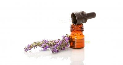 Cochrane-Wissenschaftler finden keine überzeugenden Belege für den Nutzen einer Aromatherapie bei Demenz