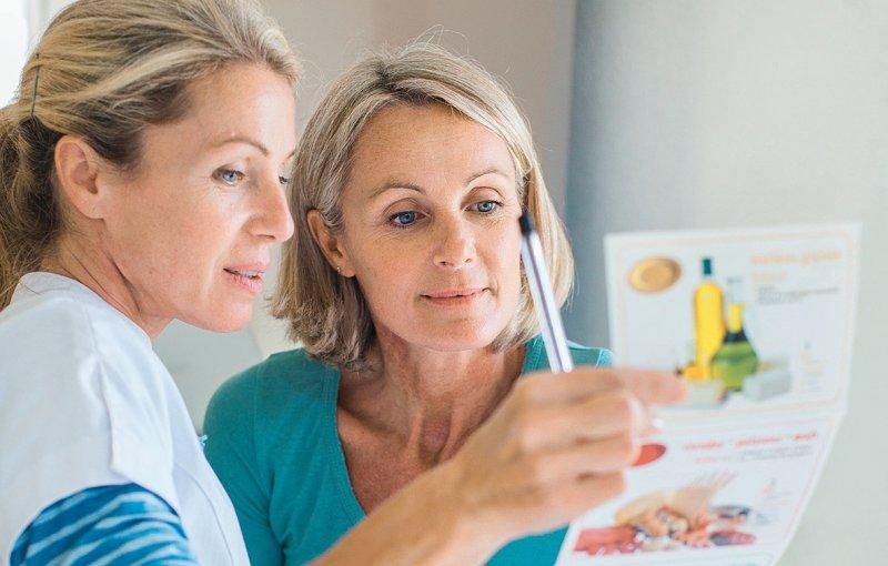 Der Leitfaden gibt Empfehlungen zur Ernährung bei verschiedenen Krankheiten. Foto: picture alliance/Phanie