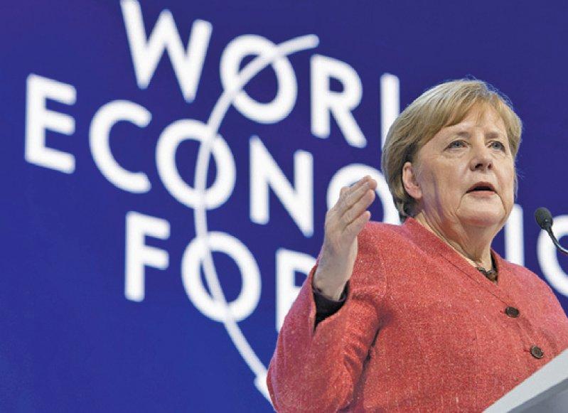 Bundeskanzlerin Angela Merkel war bereits zum zwölften Mal beim Weltwirtschaftsforum. Foto: picture alliance/Gian Ehrenzeller/KEYSTONE/dpa