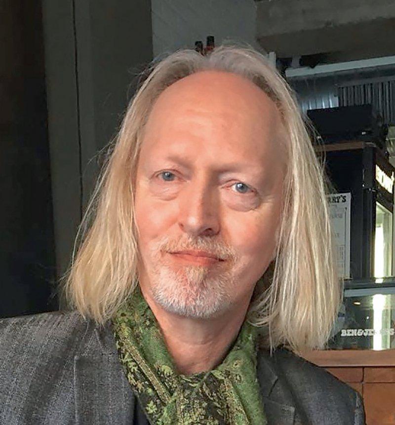 """Georg Milzner ist Psychologischer Psychotherapeut sowie Hypnotherapeut. Von ihm erschien das Buch """"Religion und Gehirn"""" im Verlag Via Nova. Foto: Sinworks"""