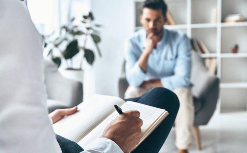 Die Strukturzuschläge für Psychotherapiepraxen erhöhen sich um 4,3 Prozent. Foto: iStockphoto/g-stockstudio