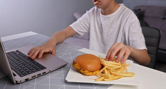 Zentralverband der deutschen Werbewirtschaft plant neue Verhaltensregeln zur Lebensmittelwerbung
