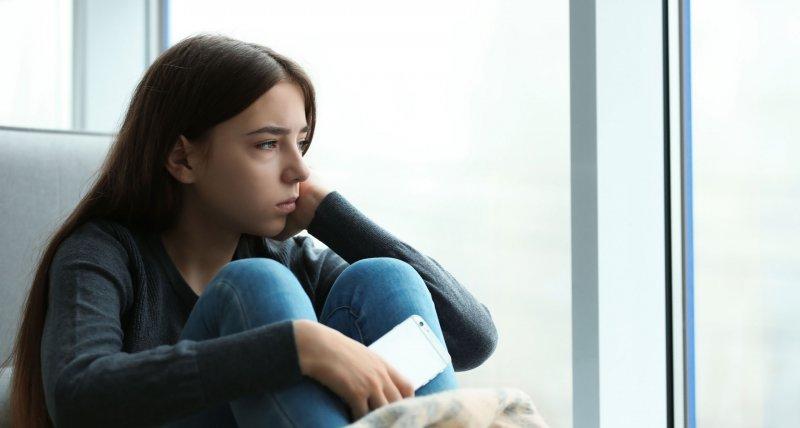 COVID-19: Mehr Depressionen bei Jugendlichen, aber weniger Drogen